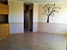 2 Bedroom Townhouse for sale in Langenhovenpark 1046105 : photo#12