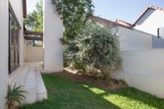 2 Bedroom House for sale in Fourways 1046485 : photo#1