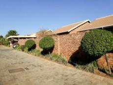 2 Bedroom Townhouse for sale in Amberfield 1046499 : photo#0