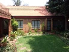 3 Bedroom Townhouse sold in Eldoraigne 1046904 : photo#1