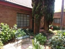 3 Bedroom Townhouse sold in Eldoraigne 1046904 : photo#2