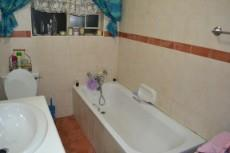 3 Bedroom House for sale in Thatchfield Estate 1047355 : photo#7