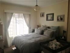 3 Bedroom Townhouse for sale in Langenhovenpark 1047870 : photo#7