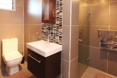 5 Bedroom House for sale in Welgemoed 1048145 : photo#25