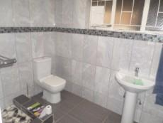 4 Bedroom House for sale in Claremont 1049246 : photo#12