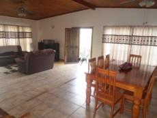 4 Bedroom House for sale in Claremont 1049246 : photo#1