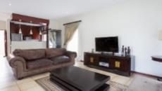 3 Bedroom House for sale in Fourways 1049399 : photo#2