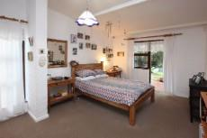 5 Bedroom House for sale in Welgemoed 1049403 : photo#11