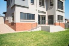 4 Bedroom House for sale in Olympus 1050351 : photo#27