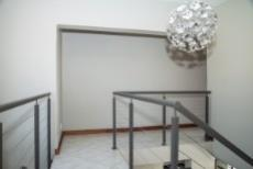 4 Bedroom House for sale in Olympus 1050351 : photo#17
