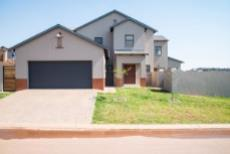 4 Bedroom House for sale in Olympus 1050407 : photo#28