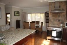 4 Bedroom House for sale in Olympus 1050448 : photo#3