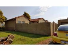 3 Bedroom Townhouse for sale in Eldoraigne 1050725 : photo#9