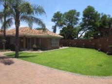 3 Bedroom House for sale in Garsfontein 1050765 : photo#9