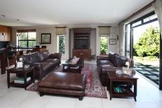 4 Bedroom House for sale in Welgedacht 1050790 : photo#5