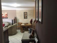 3 Bedroom Townhouse pending sale in Eldoraigne 1051209 : photo#8