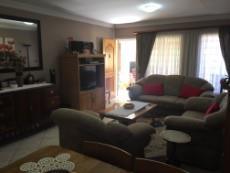 3 Bedroom Townhouse pending sale in Eldoraigne 1051209 : photo#6