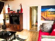 3 Bedroom House pending sale in Eldoraigne 1051867 : photo#7