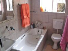 4 Bedroom House for sale in Beyerspark 1052044 : photo#9