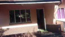 3 Bedroom House for sale in Claremont 1052892 : photo#1