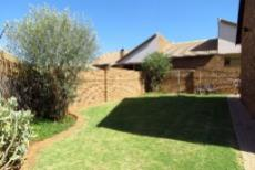 3 Bedroom Townhouse for sale in Amberfield 1052928 : photo#2