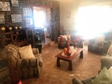 3 Bedroom House for sale in Uitsig 1054401 : photo#4