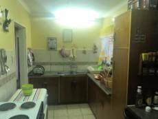 3 Bedroom House for sale in Uitsig 1054401 : photo#9