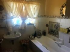 3 Bedroom House for sale in Uitsig 1054401 : photo#20