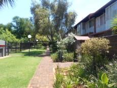 2 Bedroom Townhouse for sale in Clubview 1054588 : photo#0