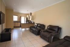 3 Bedroom Townhouse for sale in Mooikloof Ridge 1055073 : photo#15