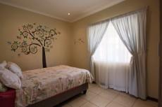 3 Bedroom Townhouse for sale in Mooikloof Ridge 1055073 : photo#5