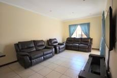 3 Bedroom Townhouse for sale in Mooikloof Ridge 1055073 : photo#13
