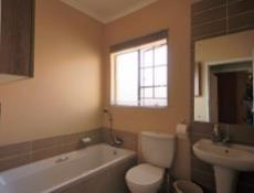 3 Bedroom Townhouse for sale in Mooikloof Ridge 1055073 : photo#7