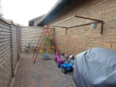 3 Bedroom Townhouse for sale in Equestria 1055539 : photo#14
