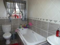 3 Bedroom Townhouse for sale in Equestria 1055539 : photo#9