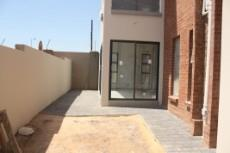 3 Bedroom House for sale in Olympus 1057942 : photo#16