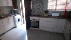 3 Bedroom Townhouse pending sale in Norkem Park 1059521 : photo#4