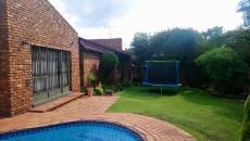 3 Bedroom Townhouse pending sale in Norkem Park 1059521 : photo#29