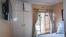 3 Bedroom Townhouse pending sale in Norkem Park 1059521 : photo#13