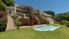 4 Bedroom House for sale in Bishopscourt 1060549 : photo#2