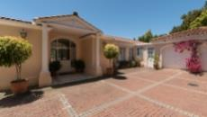 4 Bedroom House for sale in Bishopscourt 1060549 : photo#54