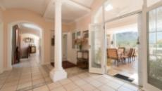4 Bedroom House for sale in Bishopscourt 1060549 : photo#6