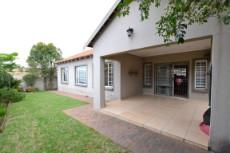 3 Bedroom House for sale in Thatchfield Estate 1060653 : photo#3