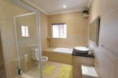3 Bedroom House for sale in Thatchfield Estate 1060653 : photo#19