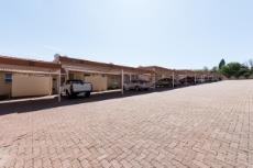 Townhouse for sale in Sunninghill 1063000 : photo#12