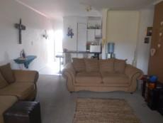 2 Bedroom Townhouse for sale in Clubview 1063243 : photo#2