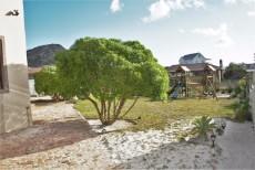 4 Bedroom House pending sale in Pringle Bay 1063548 : photo#2