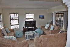 4 Bedroom House sold in Pringle Bay 1063548 : photo#6