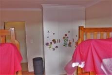 4 Bedroom House sold in Pringle Bay 1063548 : photo#22