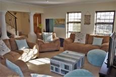 4 Bedroom House sold in Pringle Bay 1063548 : photo#7